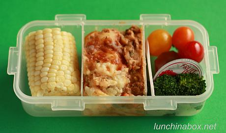 Shepherd's pie bento lunch for preschooler (2)
