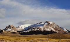 Lhachen (Nagen) la (reurinkjan) Tags: nature tibet 2008 sept changtang namtsochukmo nyenchentanglha tibetanlandscape tengrinor janreurink damshungcounty damgzung བོད། བོད་ལྗོངས། བཀྲ་ཤིས་བདེ་ལེགས། བྱང་ཐང།