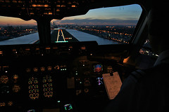 200 feet at London City Airport (Frans Zwart) Tags: city london thames landscapes airport dusk cockpit british frans 28 airways approach zwart runway flightdeck wojciech golddragon scigala