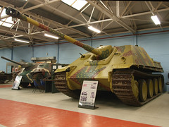 Jagdpanther (Megashorts) Tags: uk museum war tank military olympus destroyer vehicles german dorset ww2 vehicle inside e3 fighting 2008 armour zuiko axis tankmuseum bovington armoured jagdpanther zd 1122mm bovingtontankmuseum bovingtonmuseum