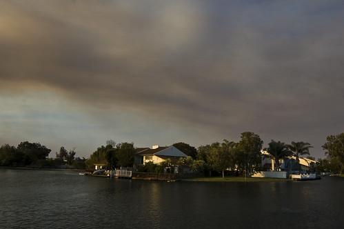 granada hills fire smoke over camarillo at sunrise