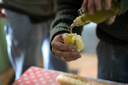 olive oil & bread