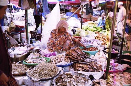 Pasir Mas Market 2 by Hisham Salmin.