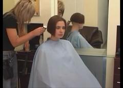 bob - 2009-06-02_110404 (bob cut) Tags: ladies haircut hair bob short razor