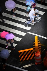 Forget to bring the umbrella (wee_photo) Tags: street sigma snap explore wee taipei fx  70300mm ff