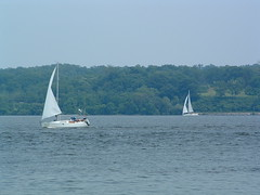"Kingston Point ""Rotary Park"" (bawoodvine) Tags: summer newyork boats sailing kingston streamsandrivers"