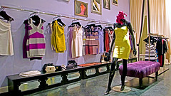 Herv Lger Boutique (store interior) photo 1190 (Candid Photos) Tags: california fashion retail shopping boutique beverlyhills accessories 90210 fashionboutique rodeodrive womensclothing retailstore storeinterior beverlyhillsca womensdresses finetailoring americanfashions upscaleshopping hervlger designerboutique northrodeodrive highendretail highendshopping fineleathergoods february192008 hervlgerboutique 439northrodeodrive 3102752550 hervelegercom