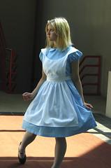 Taken a wrong turn (mew_pudding) Tags: hearts costume cosplay alice lewis kingdom disney wonderland carrol