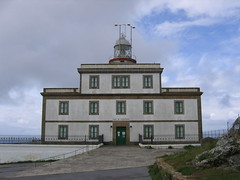 """Lighthouse at Finisterre • <a style=""""font-size:0.8em;"""" href=""""http://www.flickr.com/photos/48277923@N00/2625708865/"""" target=""""_blank"""">View on Flickr</a>"""