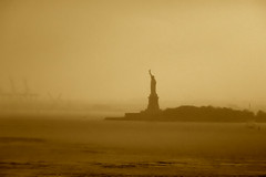 Statue of Liberty (omphale44) Tags: nyc statueofliberty newyorkharbor abigfave viewfromthebrooklynbridge 1on1photooftheweek 1on1photooftheweekoctober2008