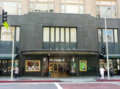 Los Angeles, CA Bullock's Department Store men's entrance (army.arch) Tags: california ca losangeles downtown architecturaldetail entrance historic departmentstore artdeco losangelescalifornia historicdistrict bullocks nationalregister nrhp