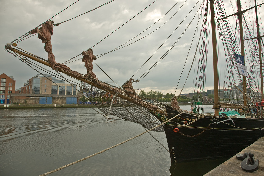 THE KATHLEEN AND MAY ON THE LIFFEY