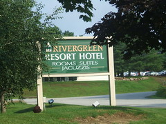 Rivergreen Resort Hotel