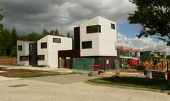 Housing. Oxley Woods, Milton Keynes (Iqbal Aalam) Tags: miltonkeynes modernarchitecture richardrogers privatehousing rogersstirkharbourpartners housinginbritain mkfoxleypark oxleywoods