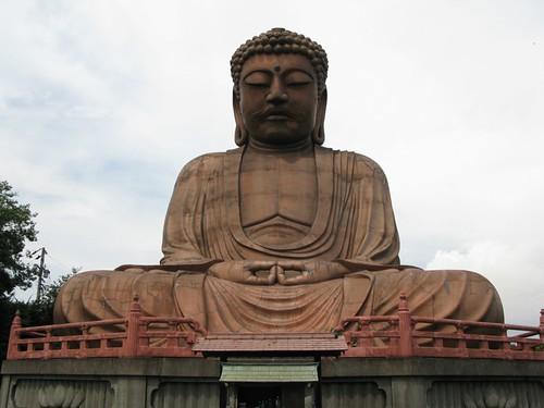 聚楽園大仏 Shurakuen Buddha