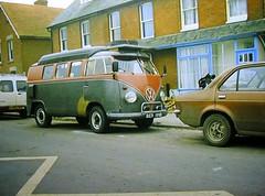 1964 split window VW Type 2. (Lawrence Peregrine-Trousers) Tags: vw screen split camper 1964 ffffffffff caravanette