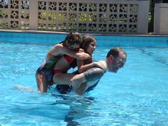 Piggybacker offers a piggyback (thrashor) Tags: fiji 2008 sandypoint