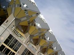 Bosque cbico (David G.Neguillo) Tags: houses architecture arquitectura rotterdam bosque piet cubic blom cubico