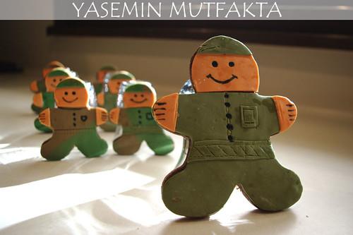 Asker Kurabiyeler by Yasemin Mutfakta