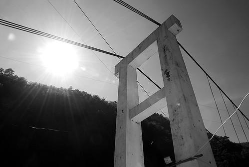 橋頭與大太陽