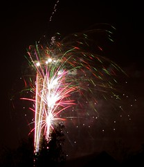St Florence Fireworks 2008 (richpix) Tags: geotagged pentax fireworks guyfawkes bonfirenight november5th k10d justpentax fireworksnovember5th
