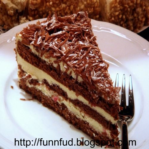 layered-chocolate-cake