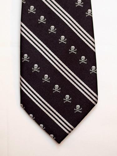 Old Navy / Skull Tie