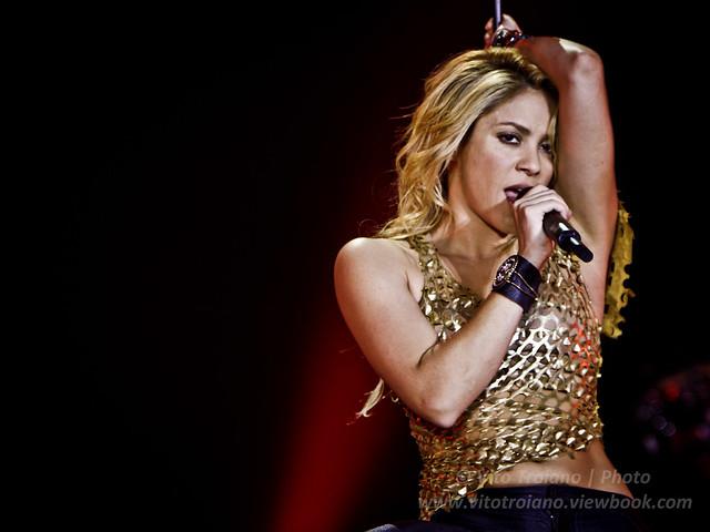 Shakira by vito troiano