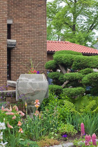 Robinson-Bours Garden