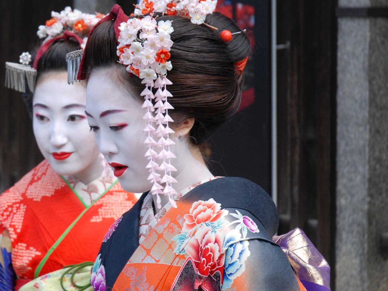 Танцующая японка фото 4 фотография