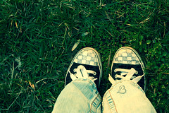 for you i will (Elise Ben) Tags: shoes heart jeans clover chucks happyday myfavshoes ohhhhhhhhhyah youtagggedmypicture