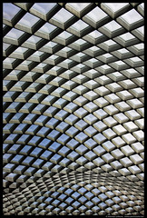 Kogod Courtyard, Washington DC (Michael LaPalme) Tags: architecture washingtondc districtofcolumbia patterns fosterpartners smithsonianamericanartmuseumandthenationalportraitgallery kogodcourtyard undulatingroof robertandarlenekogodcourty nationalhistoriclandmarkbuilding greekrevivialbuilding
