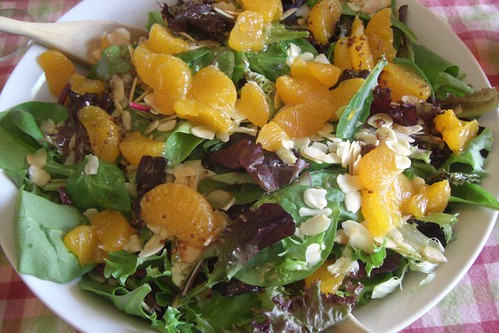 Mandarin and almond salad