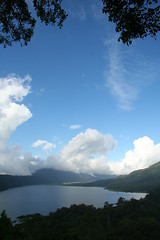 Lake Tamblingan (~Lyanna~) Tags: bali indonesia buyan tamblingan laketamblingan lakebuyan