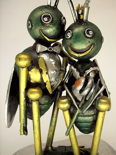 Love Bugs Wedding Cake Topper Insect Bride with Crown and Groom with Tuxedo Wood Statues 4