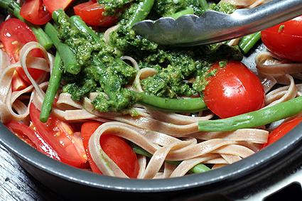 pesto and farro pasta