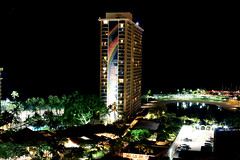 Rainbow Tower (khacquan) Tags: summer beach night hawaii exposure vietnamese nightshot hilton 28135mm rainbowtower supershot khacquan