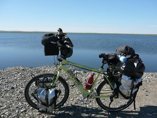 En la bici en el Artico