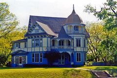 Victorian House, Waxahachie (StevenM_61) Tags: blue house texas queenanne victorian historical turret victorianhouse waxahachie