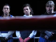 empty-handed#2 (mentafredda) Tags: girls italy women italia faces ring donne azzurro livorno boxe ragazze visi