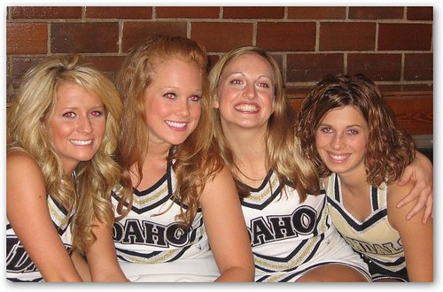 Idaho Cheerleaders in Modest Uniforms