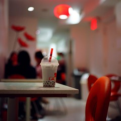 Bubble Tea (Inside_man) Tags: people stilllife newyork 120 6x6 mamiya tlr c220 film mediumformat colorful bubbletea drink bokeh manhattan warmth hangout luminaire bobatea pearlmilktea portranc bubbleteacafe