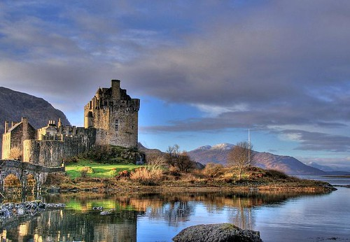Eileen Donan Castle, Scotland; HDR
