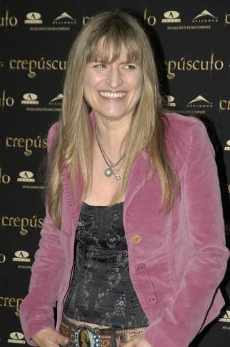 Catherine Hardwicke presenta en Madrid un adelanto de Crepúsculo_3 by Cineando.