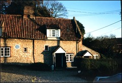 OWL COTTAGE, STIFFKEY, NORFOLK (Norfolkboy1) Tags: england village norfolk cottage stiffkey englishvillages guesswhereuk gwuk henrywilliamson guessedbysimonk