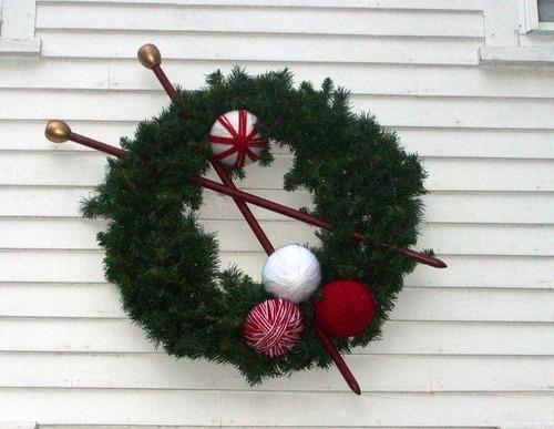 AKG_wreath1208b