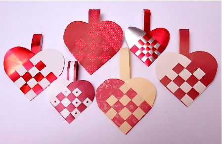 Making Woven Paper Heart Baskets to Celebrate Santa Lucia Day ...