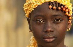 Regard de Cte d'Ivoire (Laurent.Rappa) Tags: voyage africa travel portrait people girl face child retrato enfant fille ritratti ritratto ctedivoire peuple afrique mywinners colorphotoaward thegalleryoffineportraitphotography laurentrappa