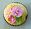 Pink Floral Cupcake (Klaire with a Cake) Tags: pink flowers rose cupcakes little chocolate daisy tlc primrose fondant cupcakery xirj klairescupcakes