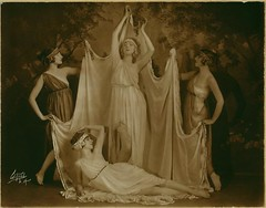 Ruth St Denis with Edna Malone, Betty Horst an...
